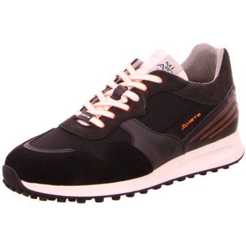 Ambitious Sneaker Low schwarz