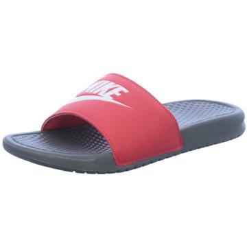Nike BadelatscheBenassi JDI rot