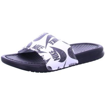 Nike Pool SlidesNike Benassi
