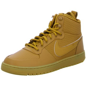 Nike Sneaker SportsCourt Borough Mid Winter braun