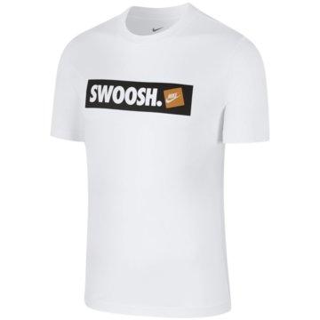 Nike T-ShirtsSportswear Swoosh Tee -