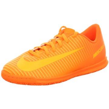 Nike Trainings- und Hallenschuh orange