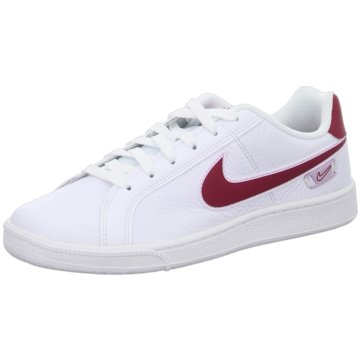 Nike Casual Basics weiß
