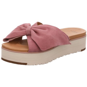 513b460a053ab5 UGG Australia - Must Haves