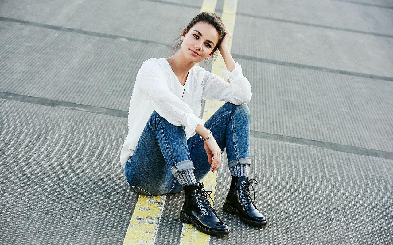 brand new 216de c85b9 FashionWorld - News&Shows - JaninaUhse