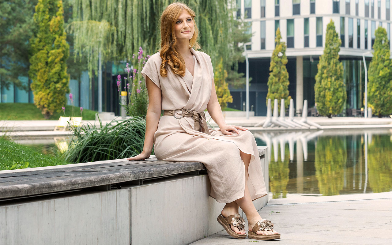 26af27db9b737a schuhe.de - FashionWorld